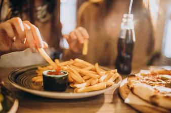 Alasan Junk Food Tidak Sehat Bagi Tubuh