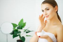 ketahui bahan skin care yang berbahaya bagi ibu hamil