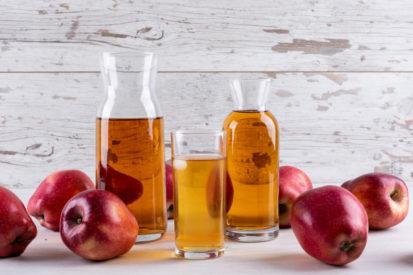 cegah infeksi ginjal dengan jus apel