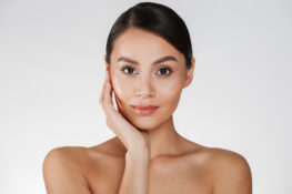 perawatan kecantikan dengan senam wajah