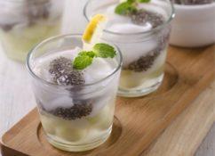 kreasi minuman sehat coconut chia ice