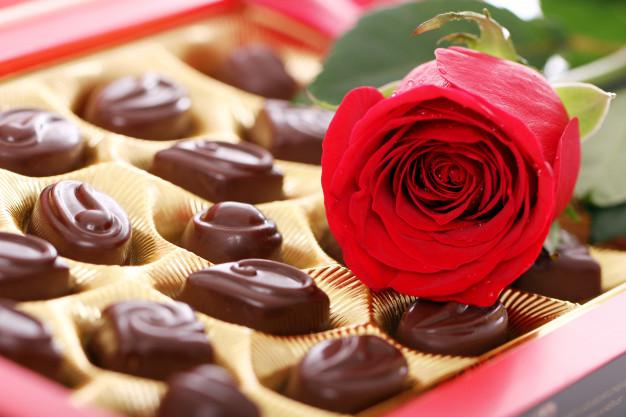 sejarah memberikan cokelat pada hari raya valentine