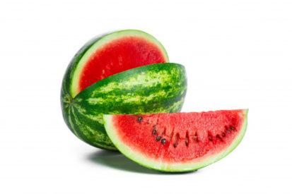 mengonsumsi semangka dapat menurunkan berat badan Anda