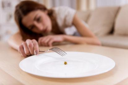 hati-hati malnutrisi akibat kelaparan