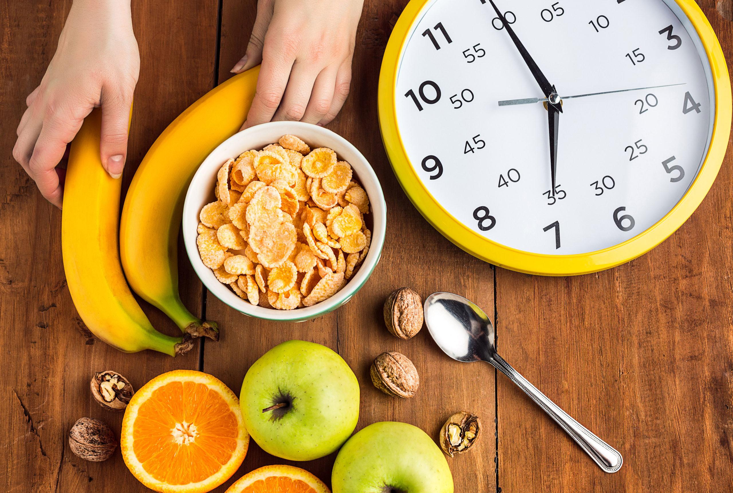 makan teratur tepat waktu saat diet