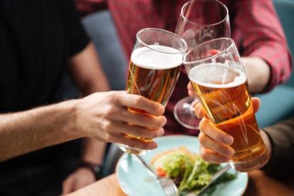 minuman beralkohol merusak liver