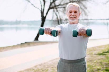 cegah kehilangan massa otot dengan susu protein